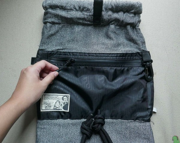 Flak Sack inside out – RFID Blocking Interior Pocket and Clamp