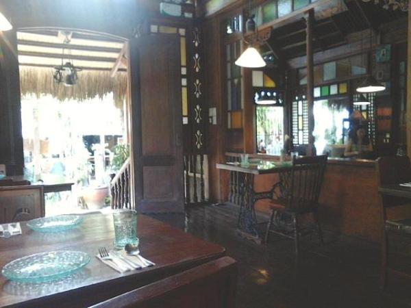 Subo Boracay dining area