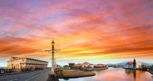 Sunset at Las Casas Filipinas de Acuzar photo via FB Page