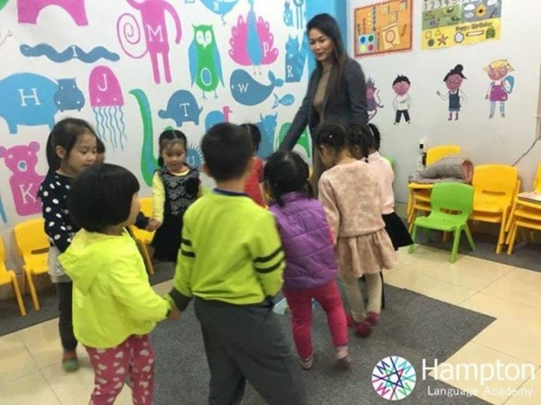 Teaching in Hai Phong, Vietnam, 2015 Teaching and Traveling Abroad
