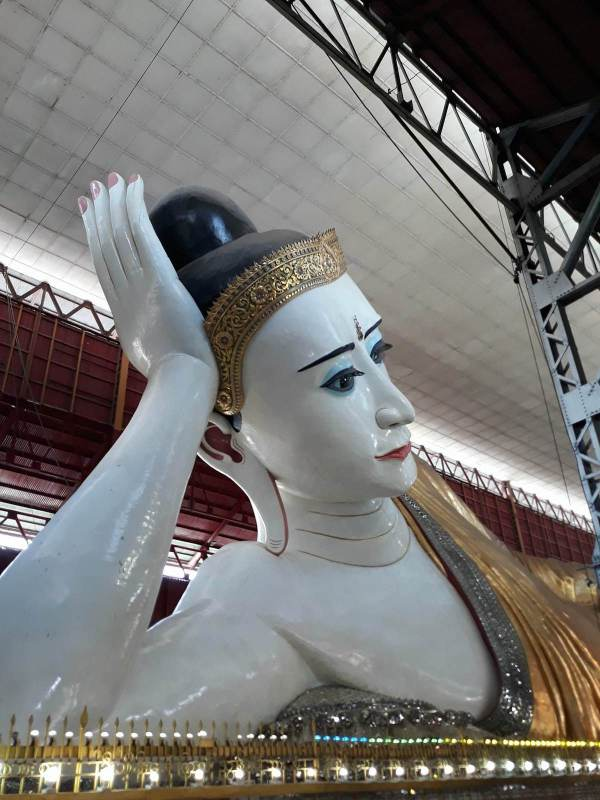 A closer look at the reclining Buddha