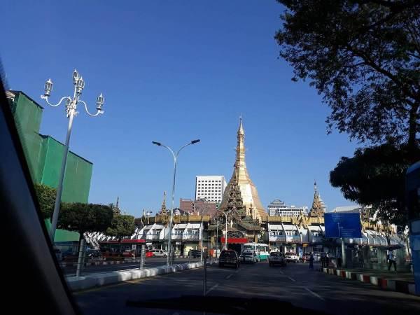 Approaching Sule Pagoda