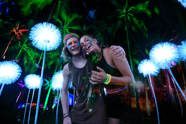 Create memorable memories with your friends in the three-day Malasimbo Festival.