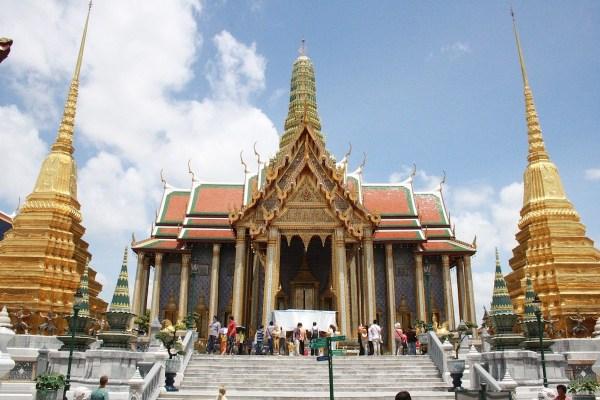 Grand Palace Bangkok Budget Travel Guide