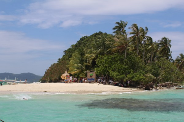 The stunning Inaladelan Island in Port Barton, Palawan.