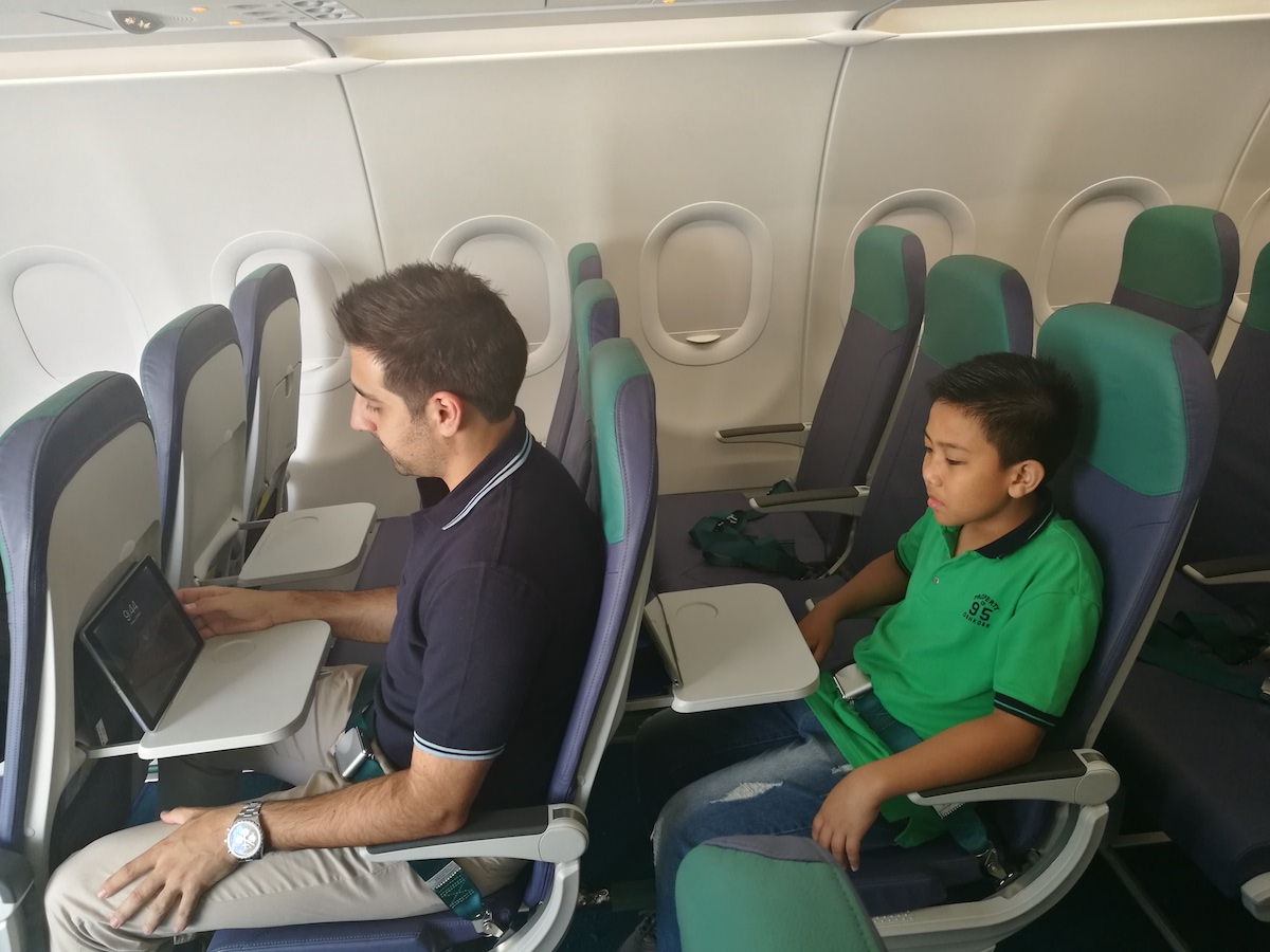 Look New Cebu Pacific Airbus A321 Aircraft Offers In Flight Usb