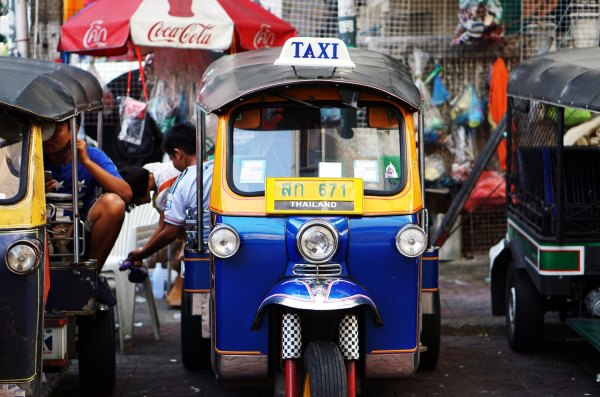 Tourist Attractions in Bangkok by Lauren Kay via Unsplash