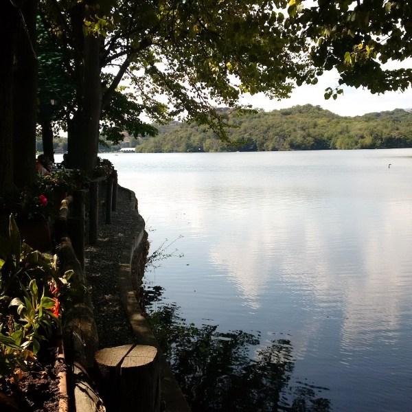 A hint of Lake Sirio's vastness