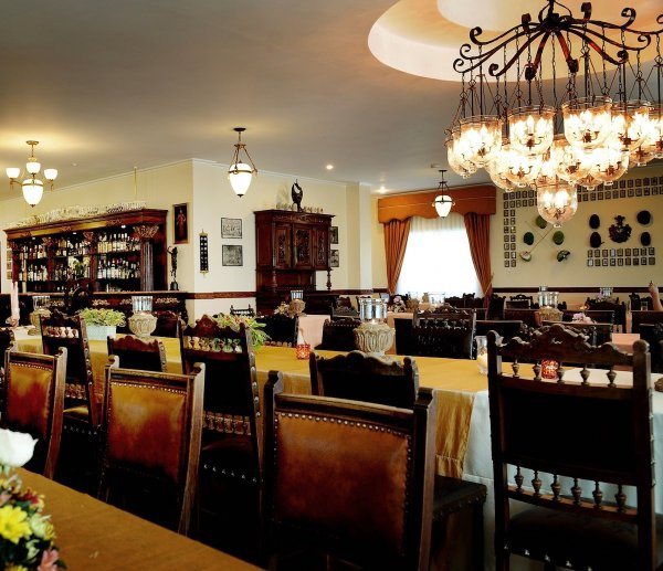 TPG Laya Restaurant