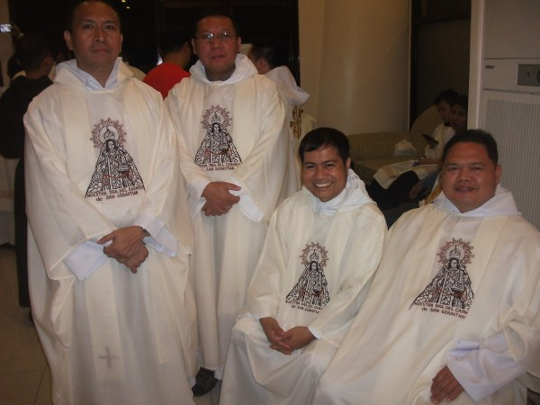Agustinian Recollet priests