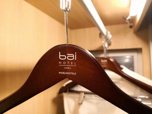 Bai Hotel Walk-in closet