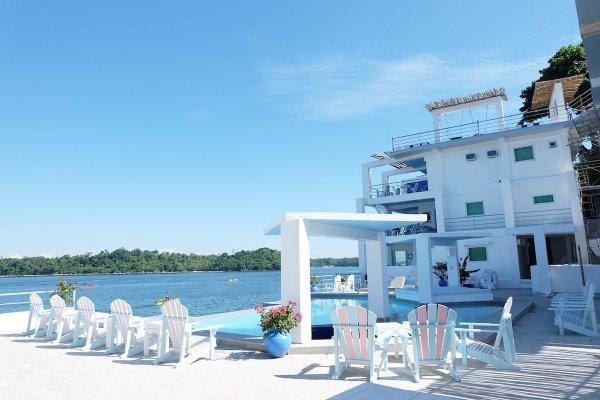 Sundowners Vacation Villas
