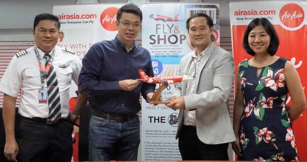 The SM Store Offer Special Discounts For AirAsia Guests