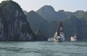 Ha Long Bay Travel Guide