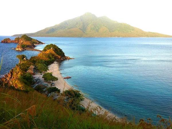 Sambawan Island Photos by Bong Fahigal via Facebook