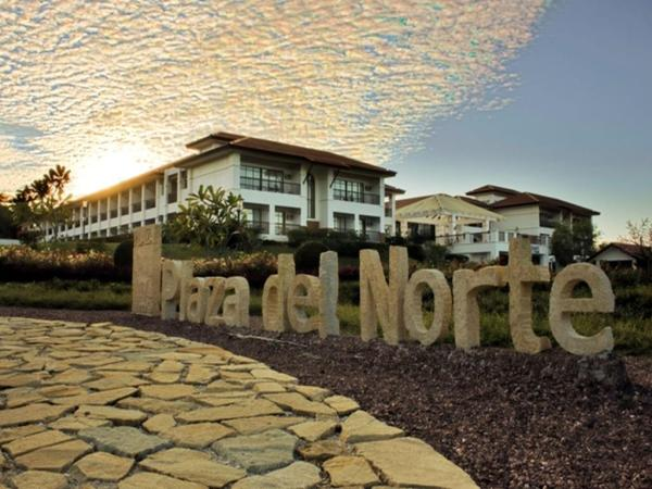 Plaza del Norte Hotel and Convention Center in Laoag