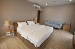 Rooms at D Anggerek Service Apartment