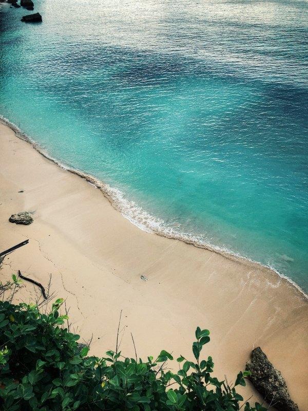 Uluwatu Beach by Jernej Graj via Unsplash