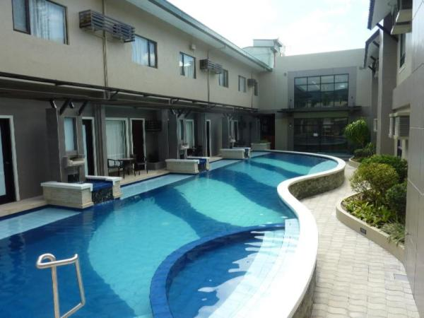 Circle Inn - Hotel and Suites Bacolod