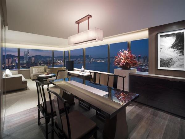 Grand Hyatt Hong Kong Luxury Hotels