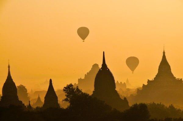 Myanmar Tourism Slogan photo by Charlie Costello via Unsplash