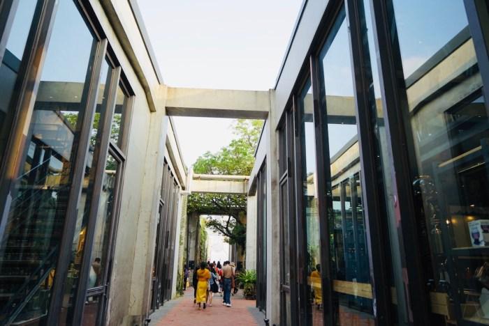 Pier 2 Art Center