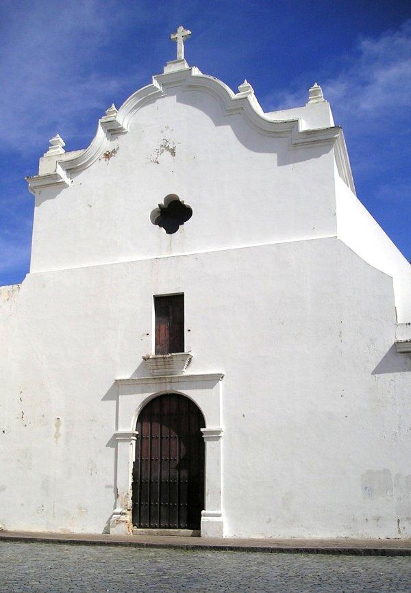 San Jose Church Puerto Rico by OliverZena via Wikipedia CC