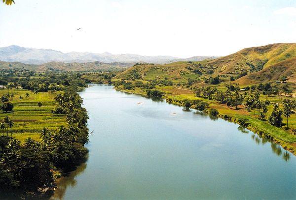 Sigatoka River photo by Doron via Wikipedia CC