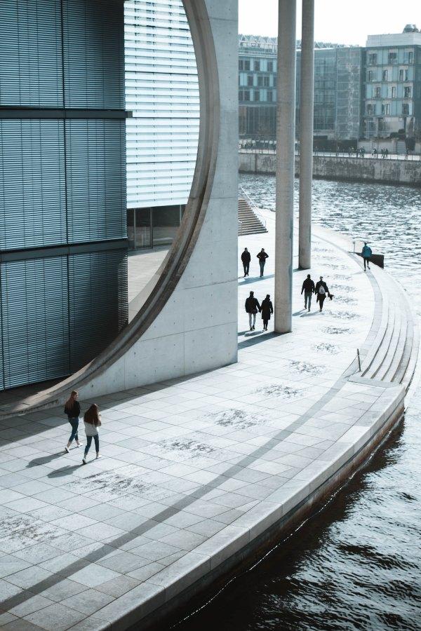 Spreebogen Park, Berlin, Germany by Bjorn Grochla via Unsplash