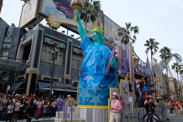 Afternoon parade in Universal Studios Osaka