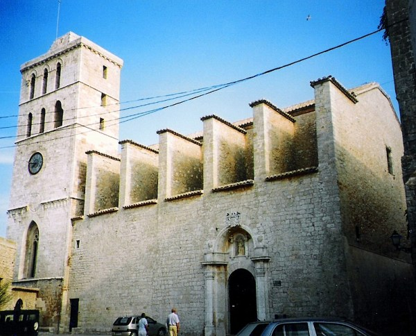 Ibiza Cathedral by Jaume Meneses via Wikipedia CC
