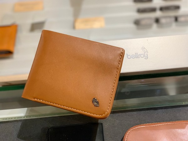 Bellroy Hide and Seek Leather Wallet Review