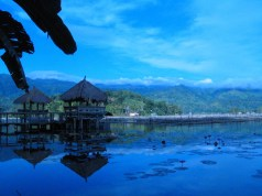 Early Morning in Lake Sebu