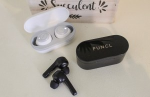 Funcl W1 and Funcl AI are the Bluetooth 5.0 wireless headphones