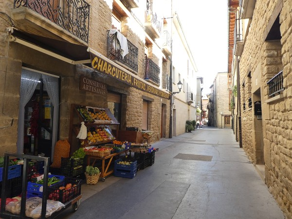 Narrow pedestrian-only streets inside the walls