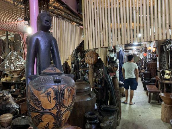 Souvenirs and Pasalubong Shopping in Puerto Princesa Palawan