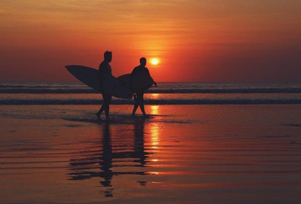 Sunset in Bali by Nakan Nural via Unsplash