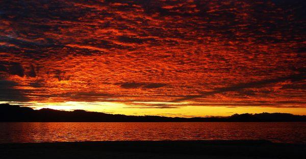 Sunset in Cuatro Islas by Maximilian Felkel via Wikipedia CC