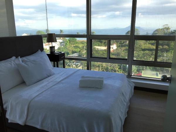 3 Bedroom Permier at One Tagaytay Place Hotel Suites