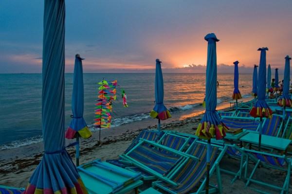 Bang Saen Beach, Chon Buri photo by Scott Griffith via Flickr CC