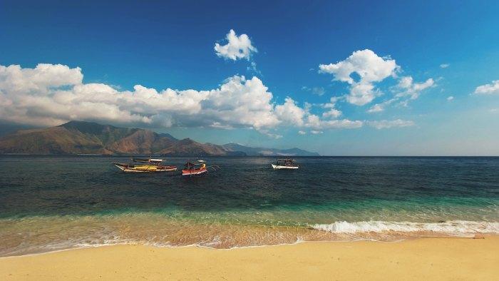 Best Beaches in Zambales photo by @johnwolf3 via Unsplash