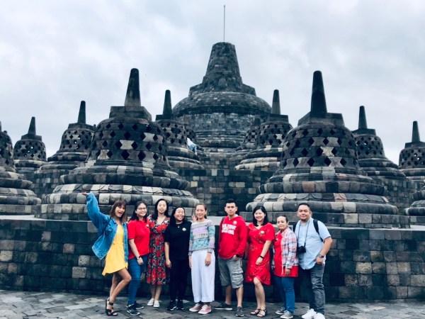 Group photo in Borobudur