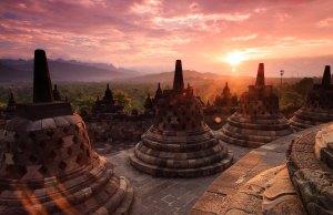 Yogyakarta Travel Guide - Sunrise in Borobudur by Ander Wehkamp via Unsplash