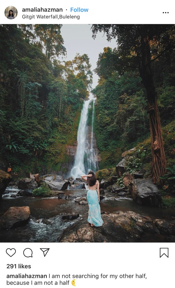 Gitgit Waterfall Bali by @amaliahazman IG
