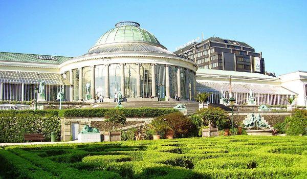Le Botanique by Ben2 via Wikipedia CC