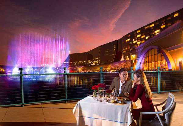Enjoy a romantic dinner and a breathtaking view of the world's largest multicolor dancing fountain at Okada Manila's Fountain Deck.