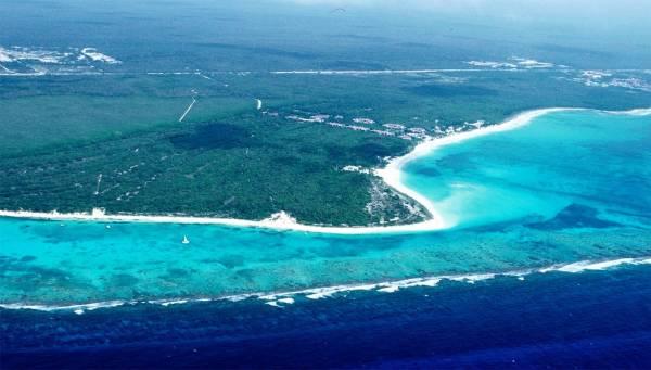 Punta Maroma by Hemmy via Wikipedia CC
