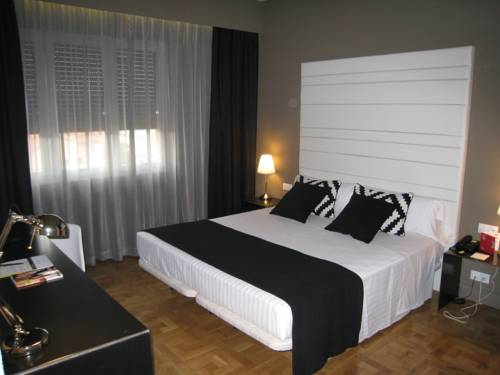 Sercotel Leyre Twin Room