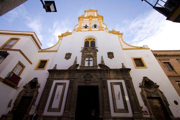Iglesia de Santa Cruz in Seville by Gpedro via Wikipedia CC