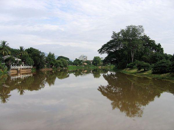 Mae Ping River by Lerdsuwa via Wikipedia CC